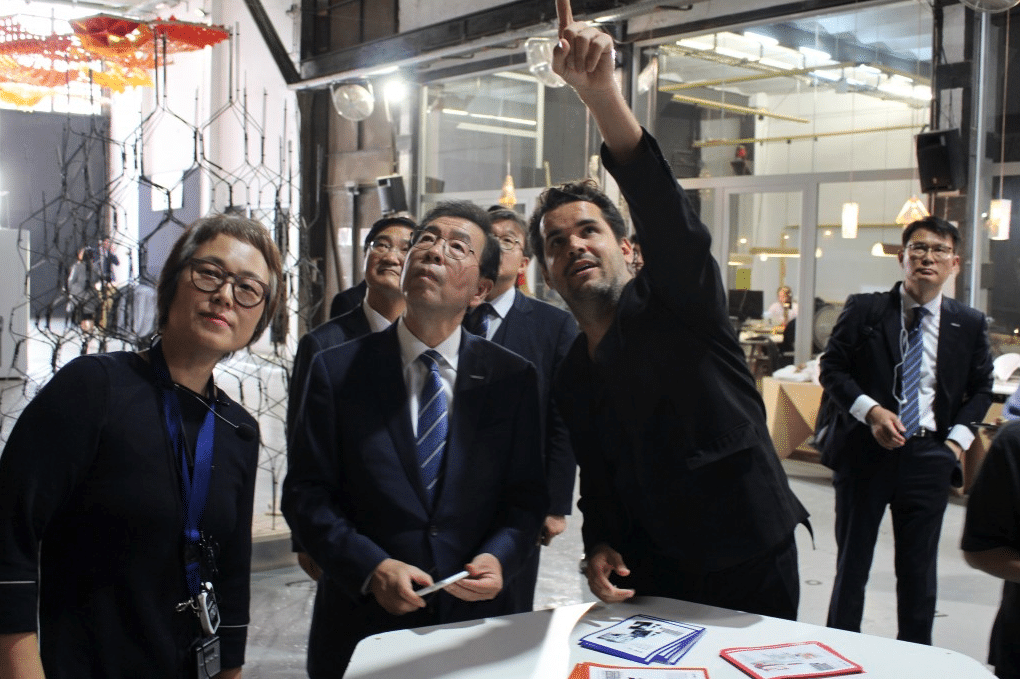Park Won-Soon Visits IAAC Fab Lab